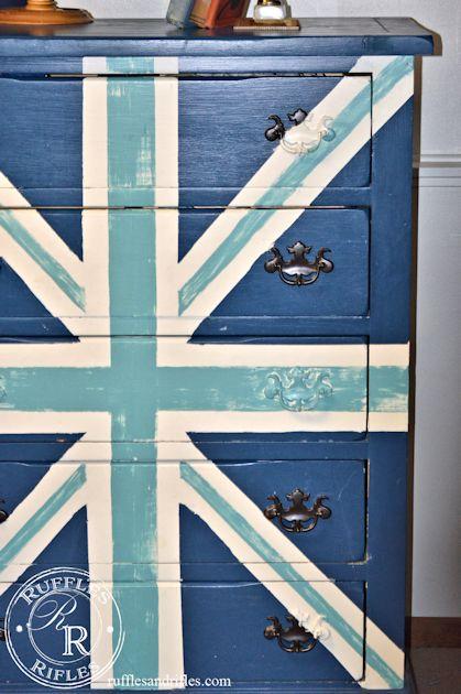 Union Jack Dresser 7