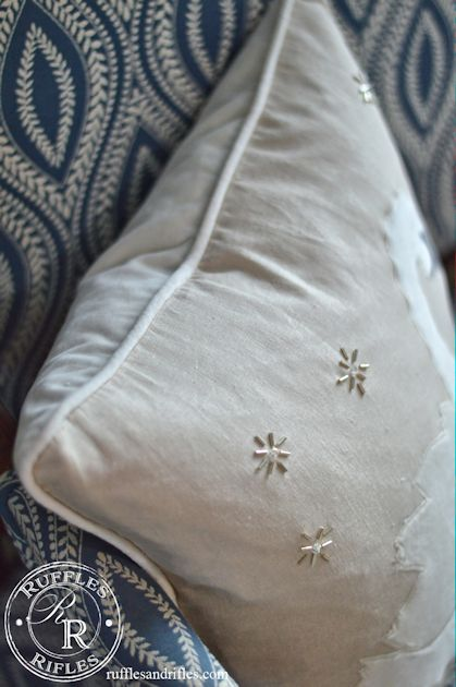 swan-pillow-8