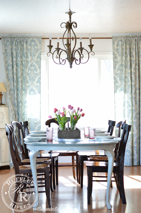 A Spring Table Set in Blush and Blue